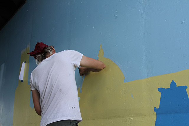 Tony Passero Positive Babel Mural on Irving Park Road in Chicago Day 8 Jerry Blending a Curve