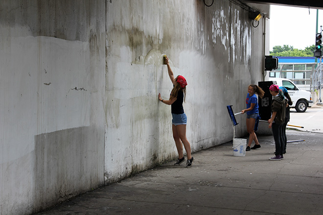 Tony Passero CrossCuts Mural on Addison Avenue Chicago Day 1 Arts Alive Chicago Crew Cleaning