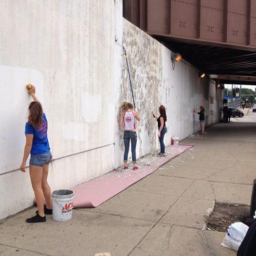 Tony Passero CrossCuts Mural on Addison Avenue Chicago Day 1 Arts Alive Chicago Crew Scraping