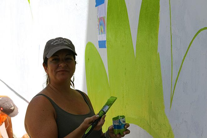 Tony Passero CrossCuts Mural on Addison Avenue Chicago Day 2 Shannon Kemp Passero