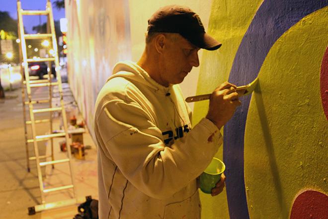 Tony Passero CrossCuts Mural on Addison Avenue Chicago Day 2 Artist Tony Passero Getting into the Details