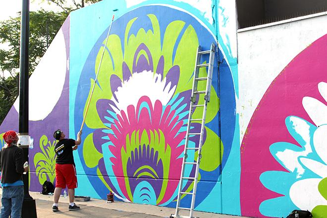Tony Passero CrossCuts Mural on Addison Avenue Chicago Day 3 Daniel Pogorzelski