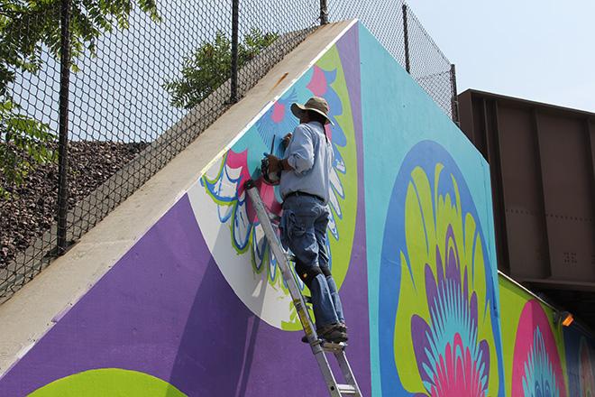 Tony Passero CrossCuts Mural on Addison Avenue Chicago  Day 5 Juan Carlos Frias