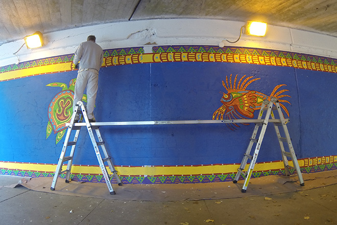 Tony Passero Coloribbean Mural in Rogers Park Chicago Day 7 Border Detail Work