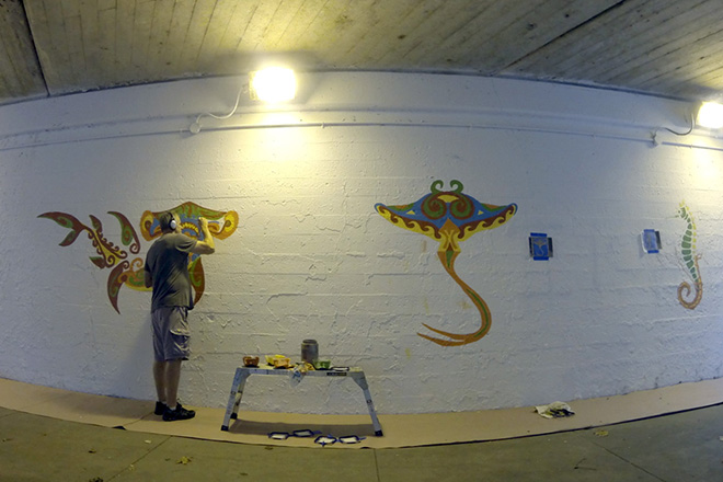 Tony Passero Coloribbean Mural in Rogers Park Chicago Day 1 Color Blocking the Hammerhead Shark