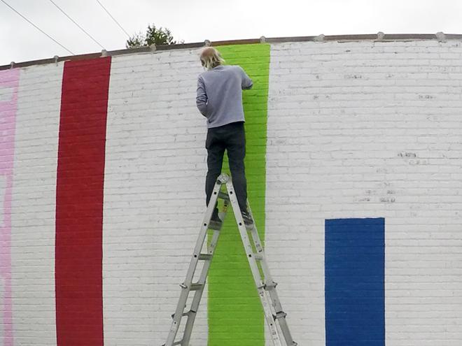 Tony Passero JagLeo Mural Day 1 Jerry bringing in the light green column