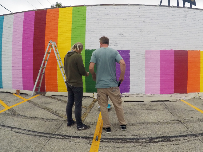 Tony Passero JagLeo Mural Day 1 planning out color overlaps