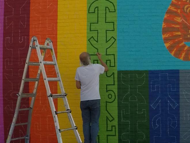 Tony Passero JagLeo Mural Day 4 Jerry Rogowski Painting
