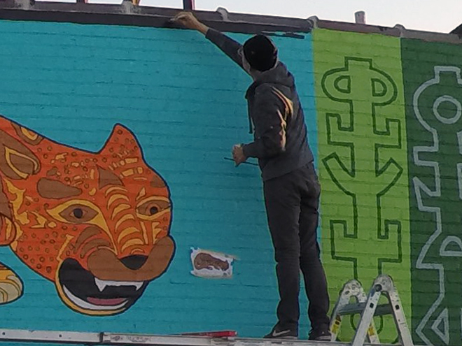 Tony Passero JagLeo Mural Day 6 Adding border
